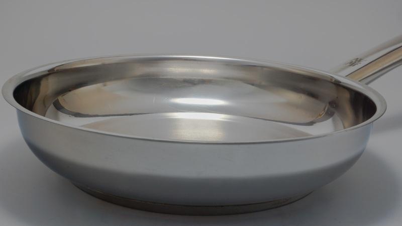 image of a metal saucepan